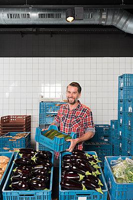 biological supermarket - p1132m1128485 by Mischa Keijser