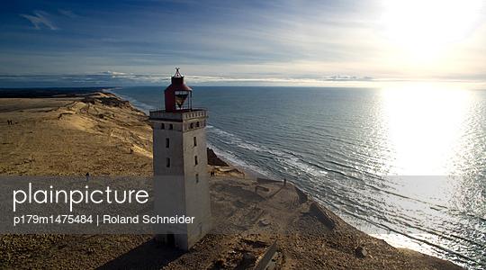 Leuchtturm von Rubjerg Knude - p179m1475484 von Roland Schneider