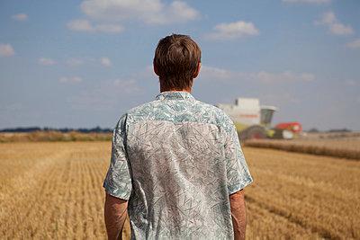 Landwirt - p1058m831601 von Fanny Legros