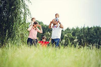 Familienausflug - p904m1065014 von Stefanie Päffgen