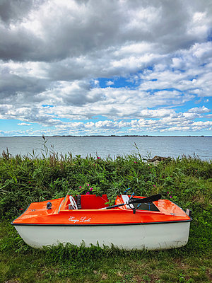 Small boat on land - p382m2283988 by Anna Matzen