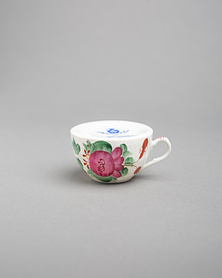 Cup - p1059m2124821 by Philipp Reiss