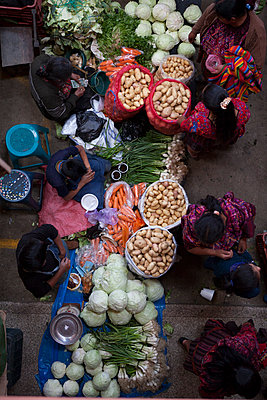 Chi Chi market from above - p1253m1091723 by Joseph Fox
