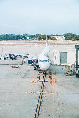 Flugzeug - p904m1154406 von Stefanie Päffgen