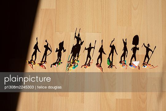 p1308m2245303 by felice douglas