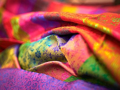 India, silk cloth - p300m1113264f by Dieter Schewig