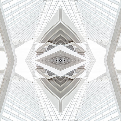 Abstract kaleidoscope pattern Liège-Guillemins station in Liège - p401m2209322 by Frank Baquet