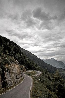 Winding road - p1980174 by David Breun