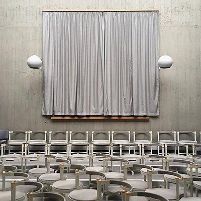 Vienna, Glanzing, Lenten veil - p1401m2150667 by Jens Goldbeck