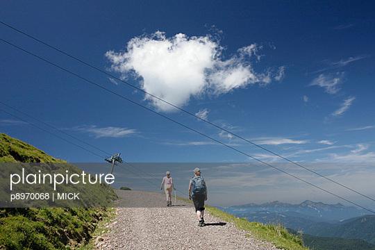 Wanderweg in Österreich - p8970068 von MICK