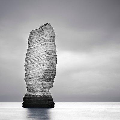 Rock near Bénouville-Etretat - p1137m934656 by Yann Grancher