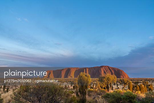Australien Ayers Rock Uluru - p1275m2032063 von cgimanufaktur