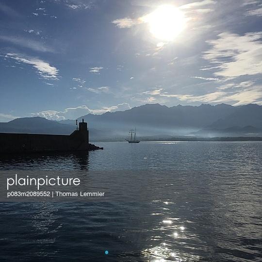 Hafenbucht von Calvi - p083m2089552 von Thomas Lemmler