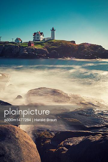 Cape Neddick 'Nubble' Lighthouse - p330m1477284 von Harald Braun