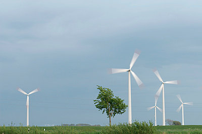 Wind energy - p1650388 by Andrea Schoenrock