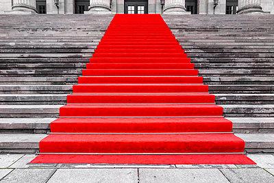 Red carpet - p360m1222209 by Ralf Brocke