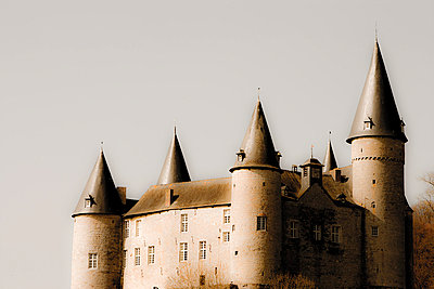 Mysterious castle - p2481124 by BY