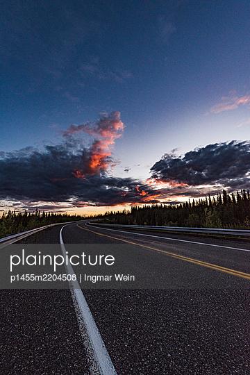 Alaska, Road at sunset - p1455m2204508 by Ingmar Wein