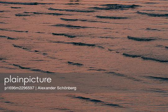 Water surface - p1696m2296597 by Alexander Schönberg