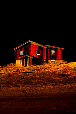 Red house in the dark - p2481180 by BY