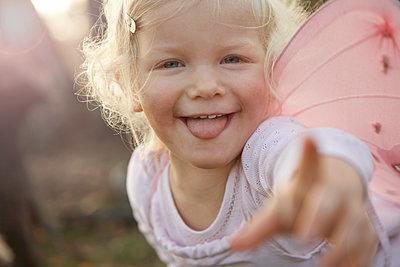 Kleines Mädchen - p1348m1215654 von HANDKE + NEU