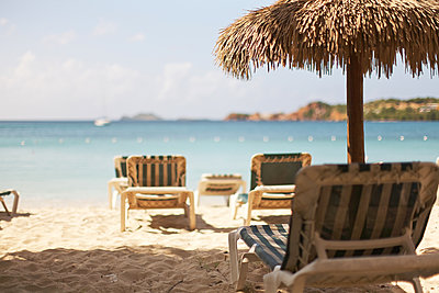 Tiki and beach beds in St.Thomas Island, U.S. Virgin Island,  - p579m2015577 by Yabo