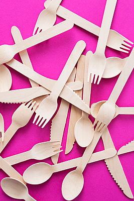 Wooden cutlery - p1149m1590702 by Yvonne Röder