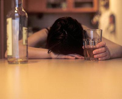 Drunk and despaired - p1990134 by Oliver Jäckel