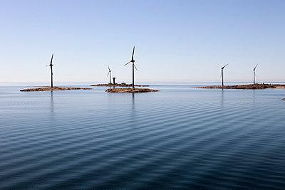 Wind power - p322m720706 by Markku Konkkola