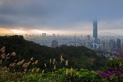 Taiwan, Taipei, Taipei 101 building - p652m1166901 by Christian Kober