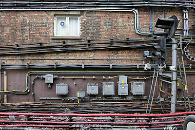 Electric cables at station - p1048m1123516 by Mark Wagner