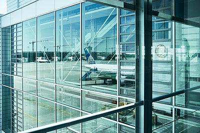 Flughafen - p1203m2185060 von Bernd Schumacher