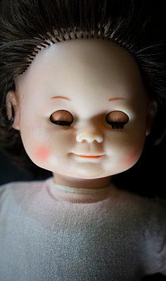 Spooky doll - p1657m2273016 by Kornelia Rumberg