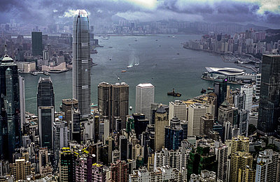 Hong Kong - p741m892088 by Christof Mattes