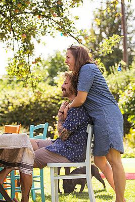 Garden party - p788m2027406 by Lisa Krechting