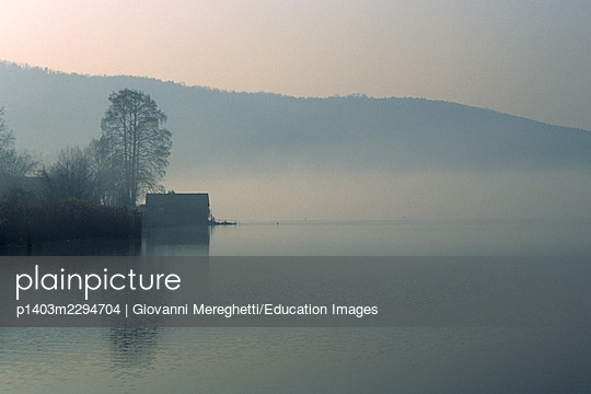 Comabbio Lake. Lombardy. Italy - p1403m2294704 by Giovanni Mereghetti/Education Images