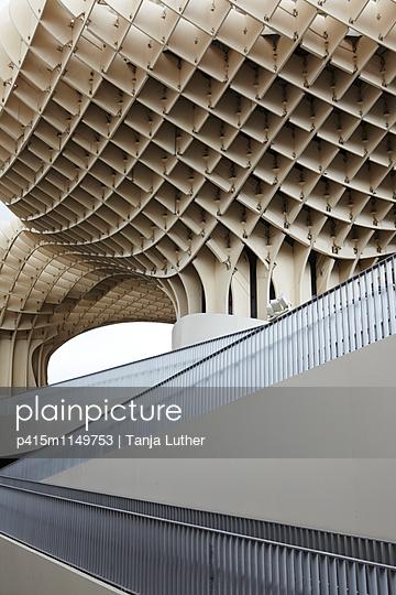 Metropol Parasol - p415m1149753 von Tanja Luther