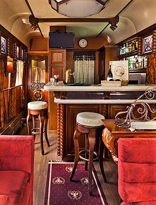 Speisewagen in der Transsibirische Eisenbahn - p390m1214571 von Frank Herfort