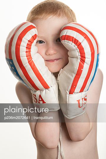 Little boxer - p236m2072641 by tranquillium