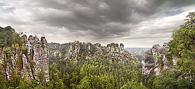 Elbe Sandstone Mountains - p9180010 by Dirk Fellenberg