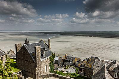 Auslick vom Mont-Saint-Michel - p248m1355122 von BY