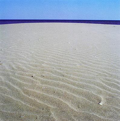 Sea horizon - p7780015 by Denis Dalmasso
