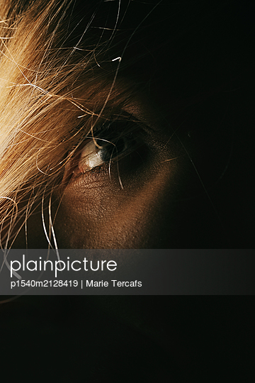 Woman's eye - p1540m2128419 by Marie Tercafs