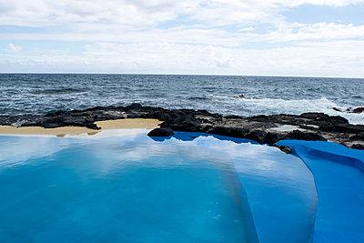 Sea water pool - p451m1072481 by Anja Weber-Decker