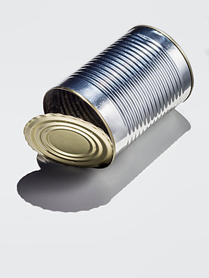 Leere Konservendose - p536m1516760 von Schiesswohl