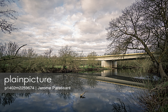 Pont du cadre noir - p1402m2259674 by Jerome Paressant