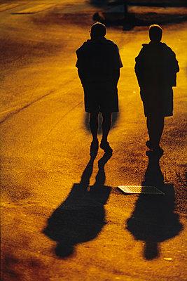 Spaziergang am Abend - p1418m1571212 von Jan Håkan Dahlström