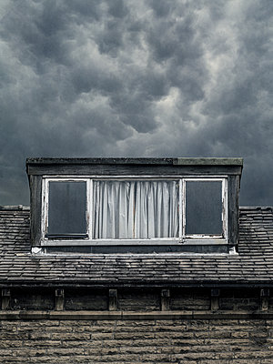 Dormer on rundown old house - p1280m2207581 by Dave Wall