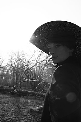 Woman with hat - p258m899028 by Katarzyna Sonnewend