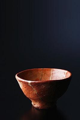 Japanese traditional pottery - p307m1106026f by Hideki Yoshihara
